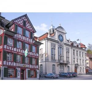 """Weinfelden - Rathaus und """"Zum Löwen"""""""