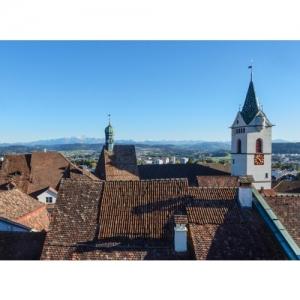 Wil SG - Altstadtdächer mit St. Niklaus-Kirche