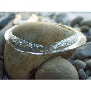 Eisreif auf Stein